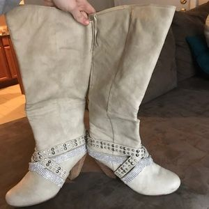 Rhinestone Cream Boots